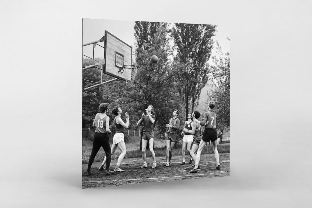 Basketball beim DDR Sportfest 1971 als auf Alu-Dibond kaschierter Fotoabzug