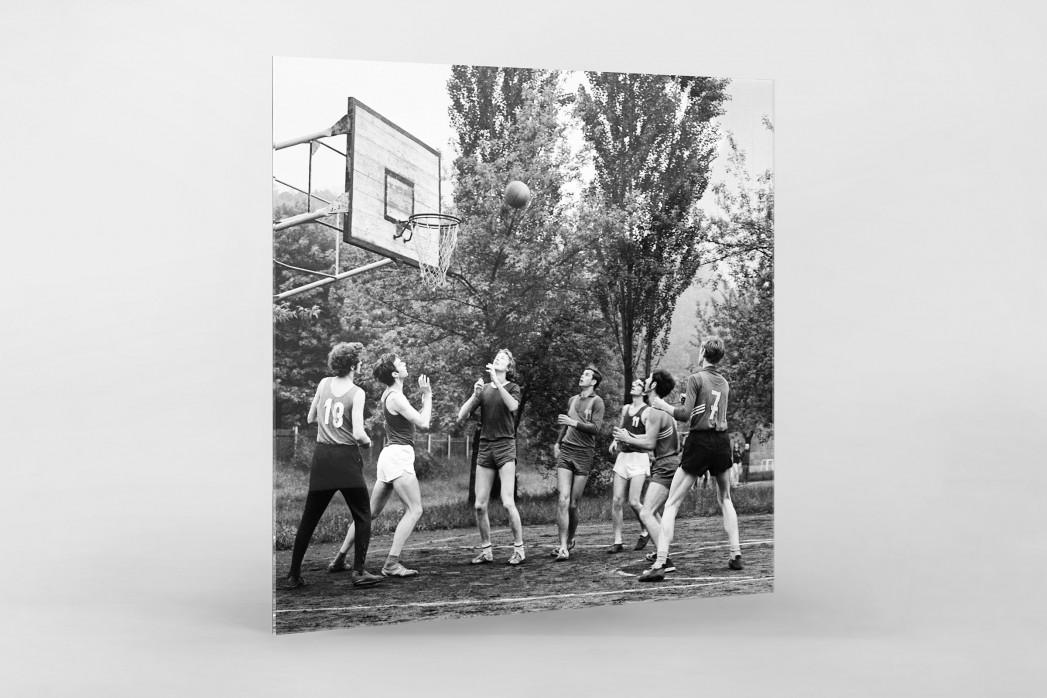 Basketball beim DDR Sportfest 1971 als Direktdruck auf Alu-Dibond hinter Acrylglas