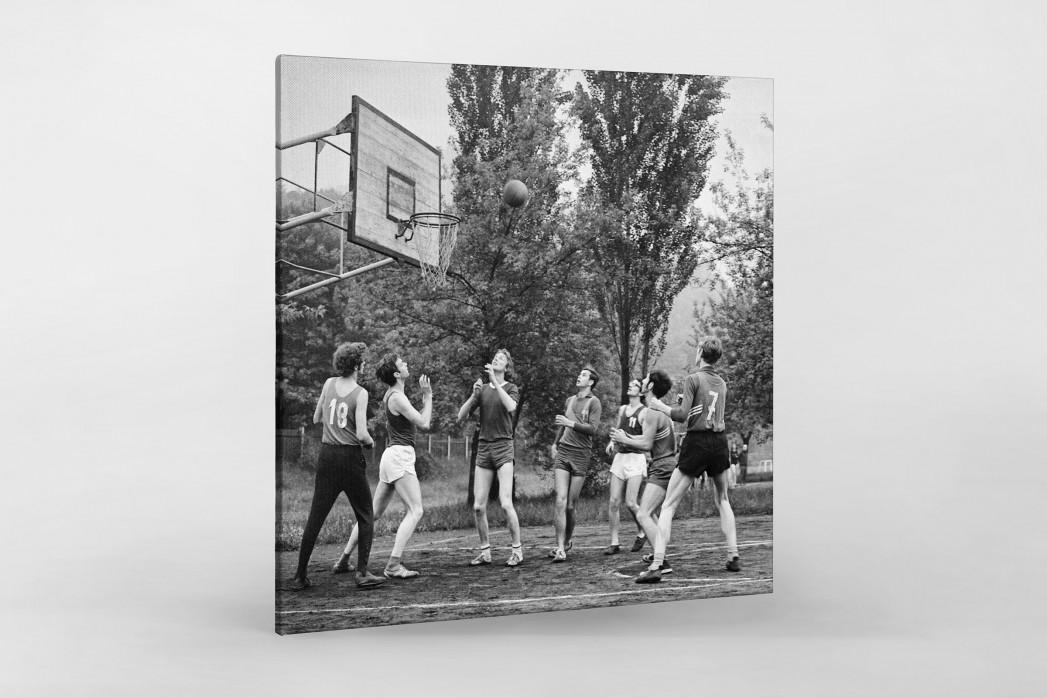 Basketball beim DDR Sportfest 1971 als Leinwand auf Keilrahmen gezogen