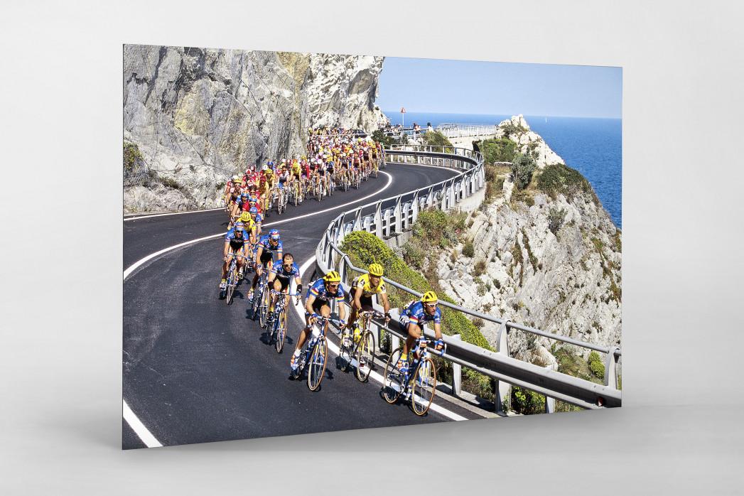 Kurven bei Mailand-Sanremo als auf Alu-Dibond kaschierter Fotoabzug