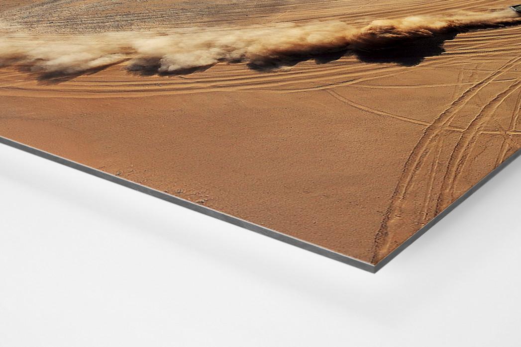 Autos im chilenischen Sand als auf Alu-Dibond kaschierter Fotoabzug (Detail)