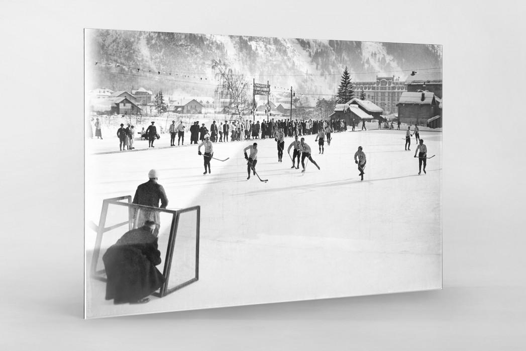Eishockey in Chamonix (3) als Direktdruck auf Alu-Dibond hinter Acrylglas