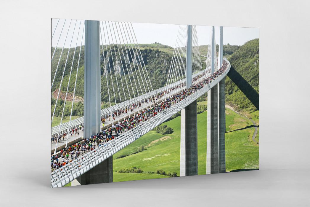 Marathon über die Brücke als auf Alu-Dibond kaschierter Fotoabzug