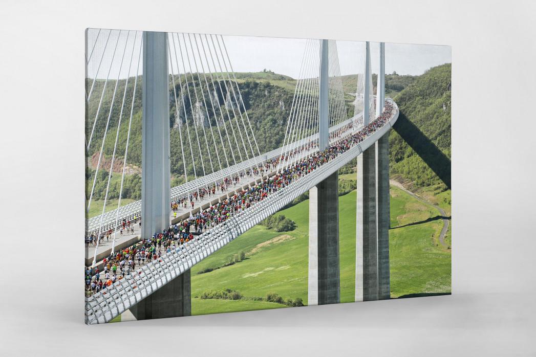 Marathon über die Brücke als Leinwand auf Keilrahmen gezogen