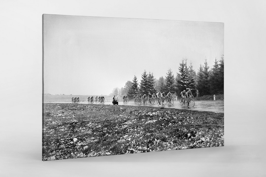 Um die Kurve bei Lüttich-Bastogne-Lüttich als Leinwand auf Keilrahmen gezogen