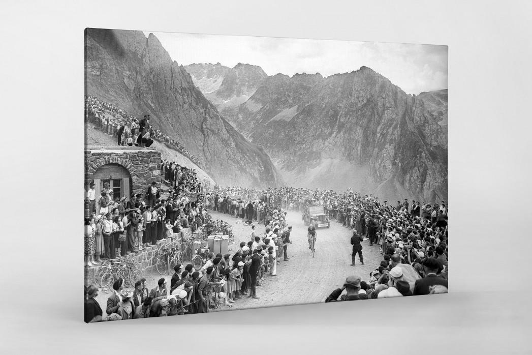 Am Col du Tourmalet bei der Tour 1950 als Leinwand auf Keilrahmen gezogen