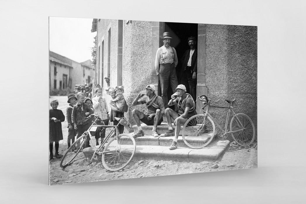 Ruhepause bei der Tour 1921 als Direktdruck auf Alu-Dibond hinter Acrylglas