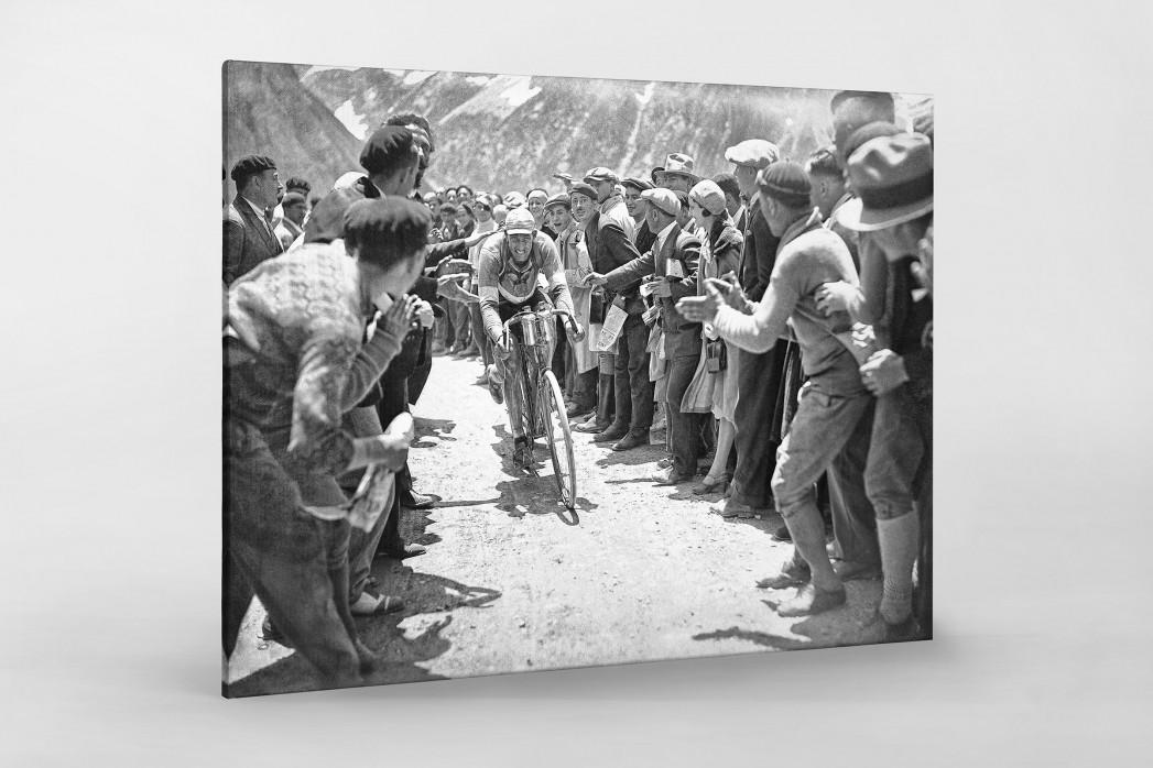Anfeuern bei der Tour 1930 als Leinwand auf Keilrahmen gezogen