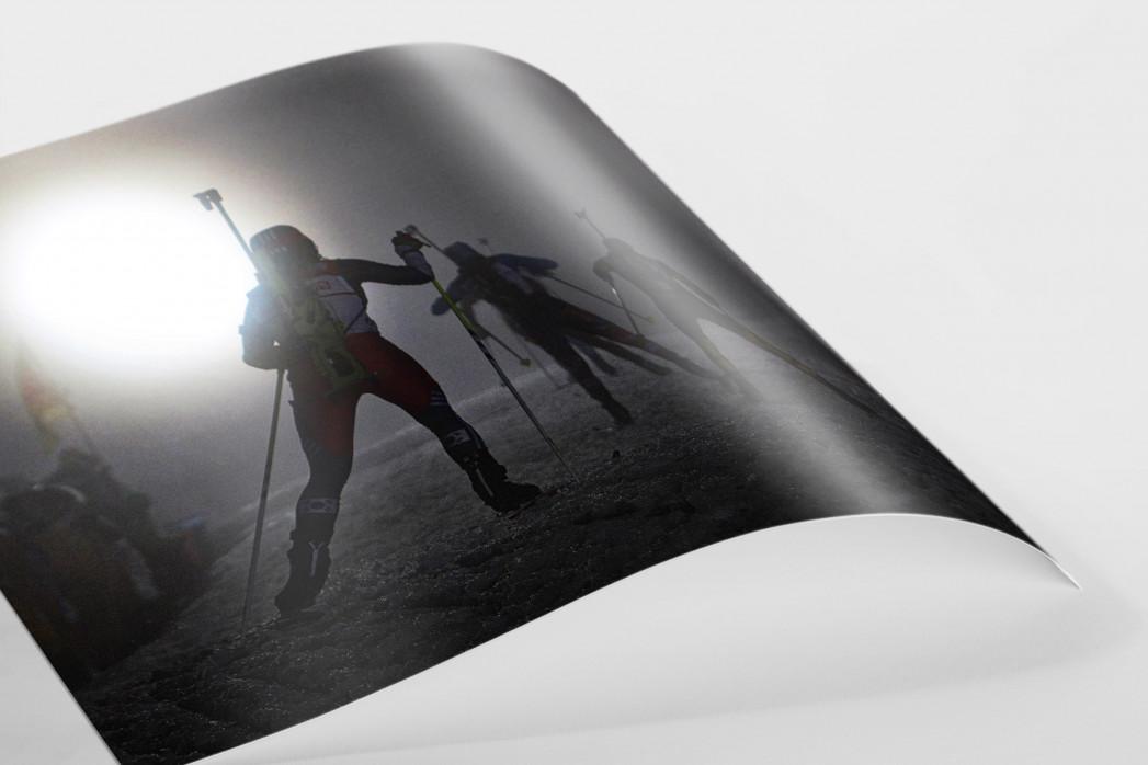 Das Biathlon Dunkel als FineArt-Print