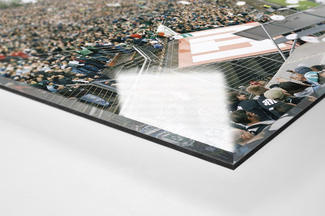 Mönchengladbach (2004) als Direktdruck auf Alu-Dibond hinter Acrylglas (Detail)