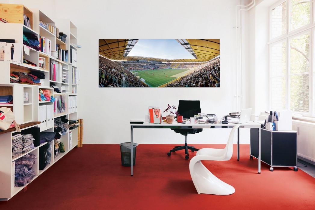 Der neue Aachener Tivoli im Büro - 11FREUNDE BILDERWELT