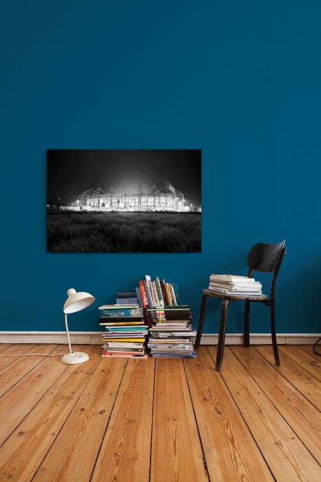 »Borussia Park bei Flutlicht (schwarz/weiß)« an deiner Wand - 11FREUNDE BILDERWELT