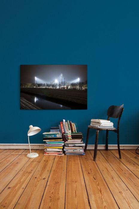 »Niederrheinstadion bei Flutlicht (Farbe)« an deiner Wand
