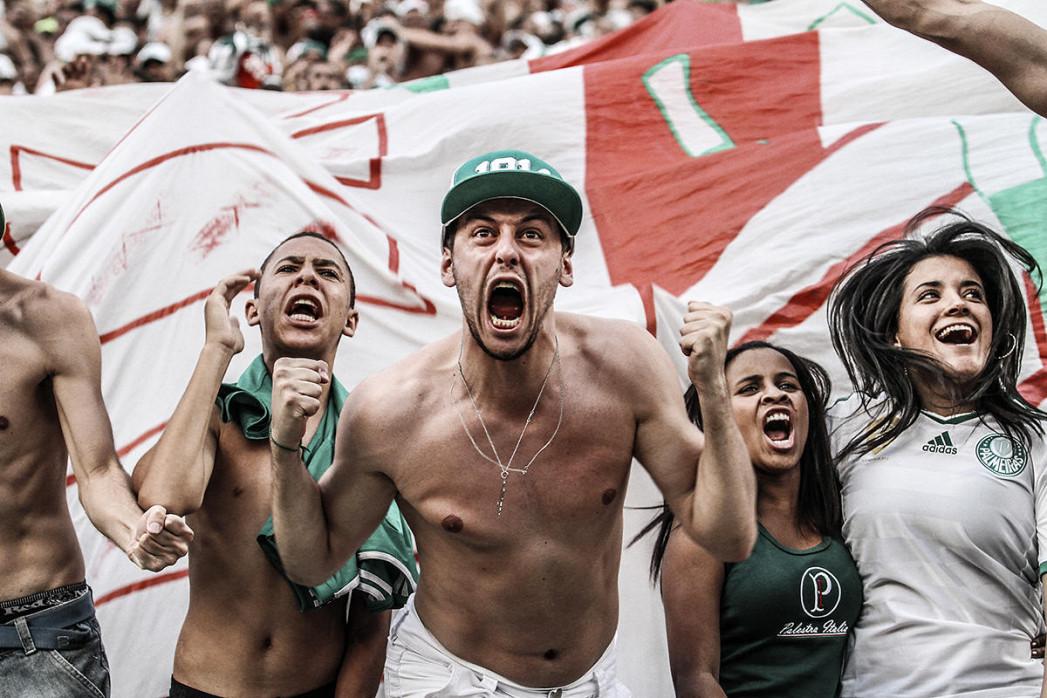 Palmeiras Fan Celebrating - Gabriel Uchida - 11FREUNDE BILDERWELT