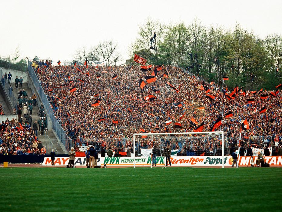 Club Fans 1982 (1) - 1. FC Nürnberg - 11FREUNDE BILDERWELT