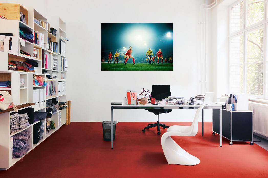 »Europapokalabend unter Flutlicht« in deinem Büro