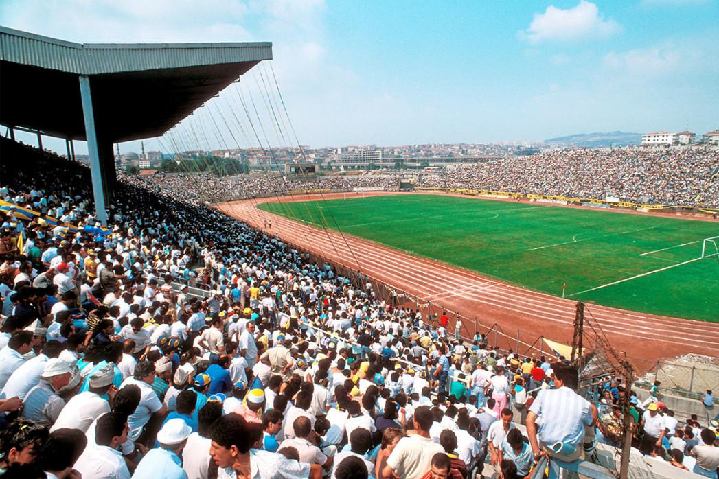 Sükrü Saracoglu Stadion (1991) - 11FREUNDE SHOP - Fußball Foto Wandbild