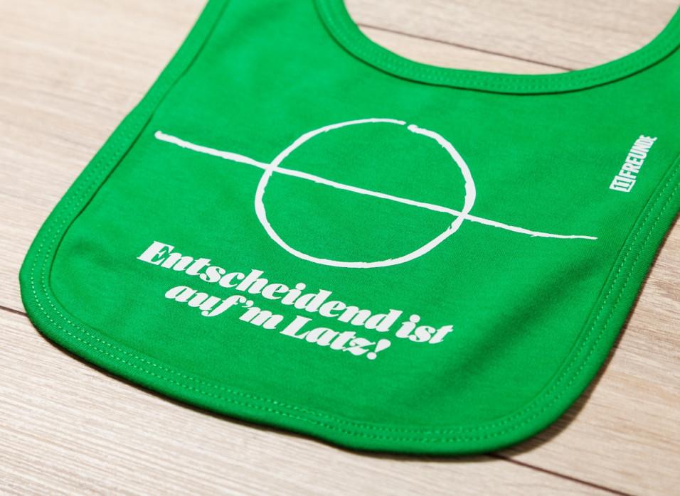 Entscheidend Baby Lätzchen (Redesign) - 11FREUNDE SHOP - Baby Lätzchen Fußball