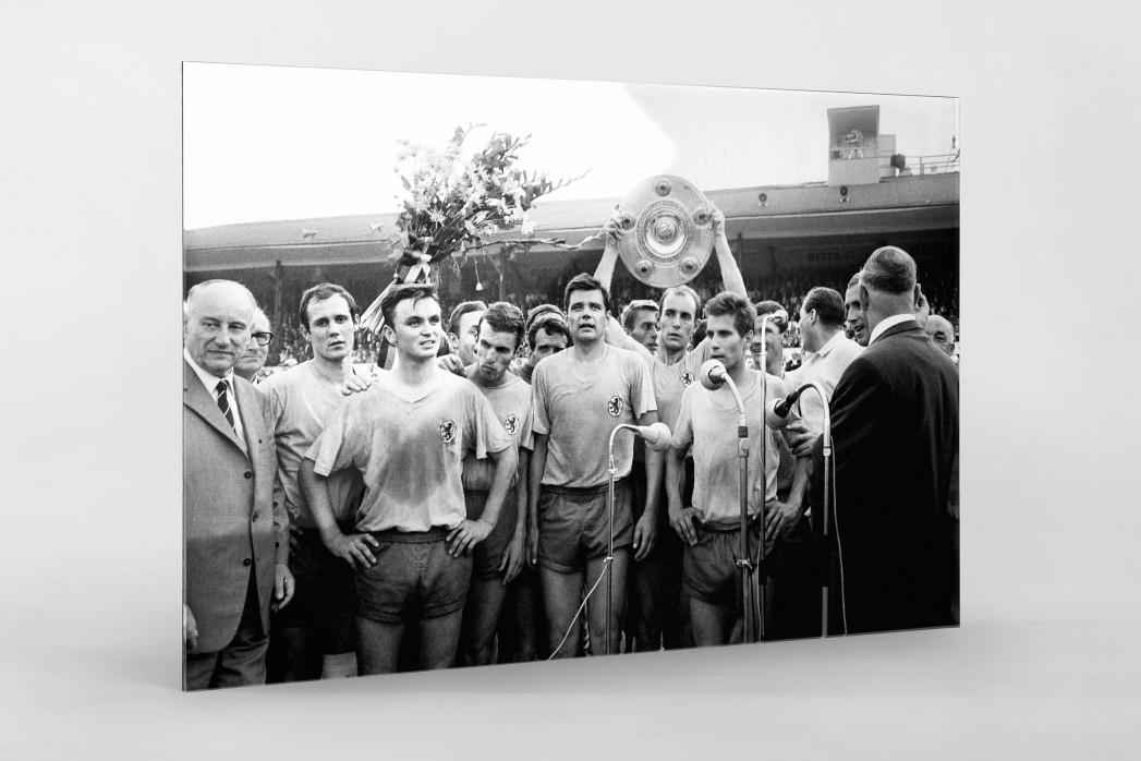 Braunschweig mit der Meisterschale - Eintracht Braunschweig Foto als Wandbild