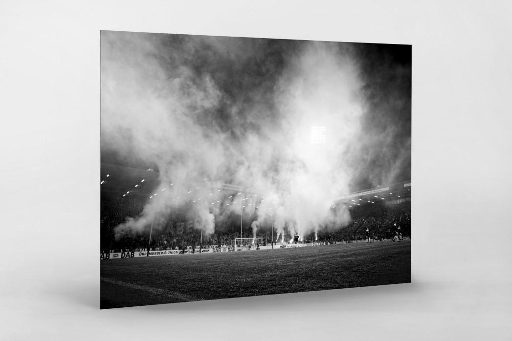 Bochumer Bengalos (Schwarzweiß) - VfL Bochum Foto von Christoph Buckstegen als Wandbild