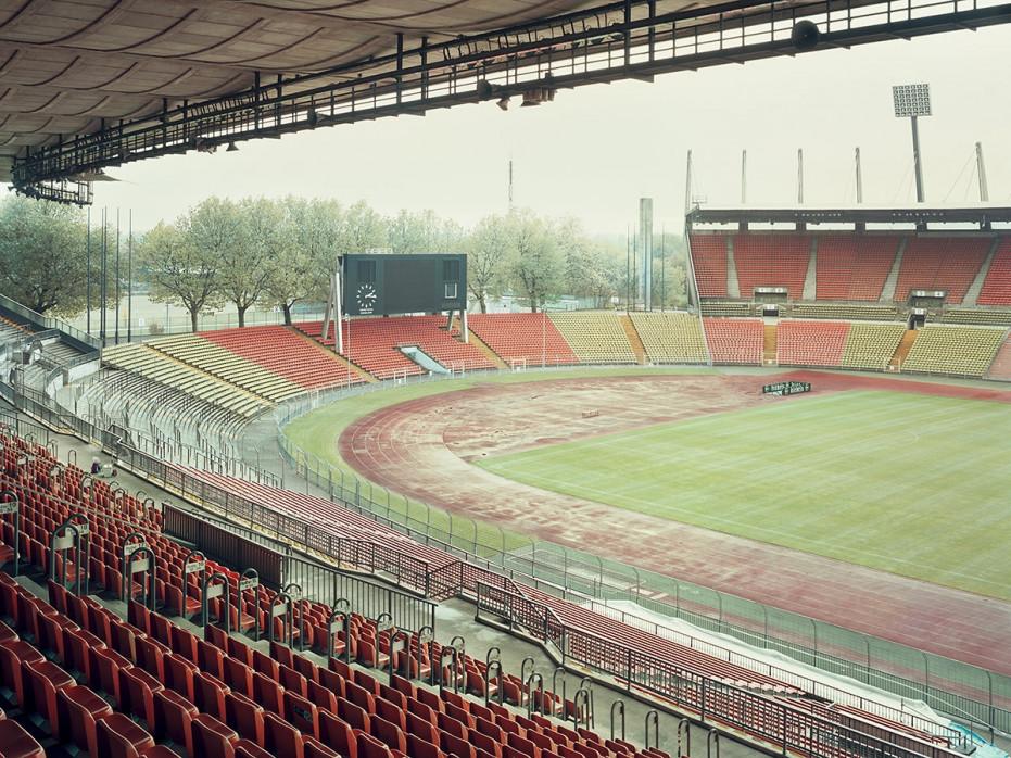 Witness of Glory Times: Düsseldorf - Markus Wendler - Stadion Foto als Wandbild