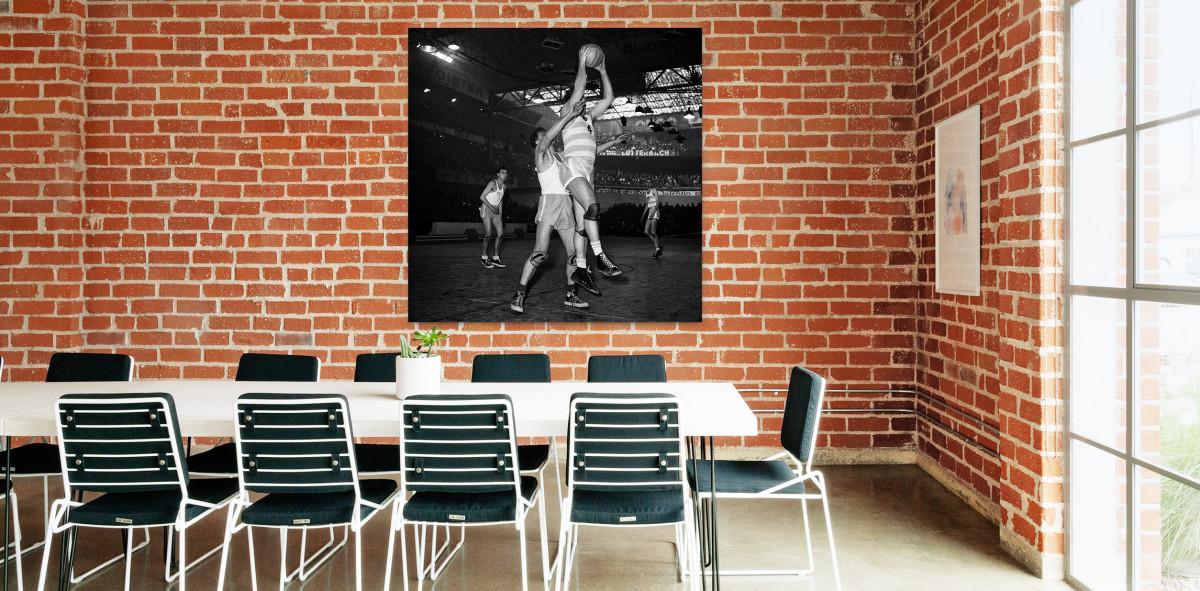 Basketball in Paris - Sport Fotografie als Wandbild - Basketball Foto - NoSports Magazin - 11FREUNDE SHOP