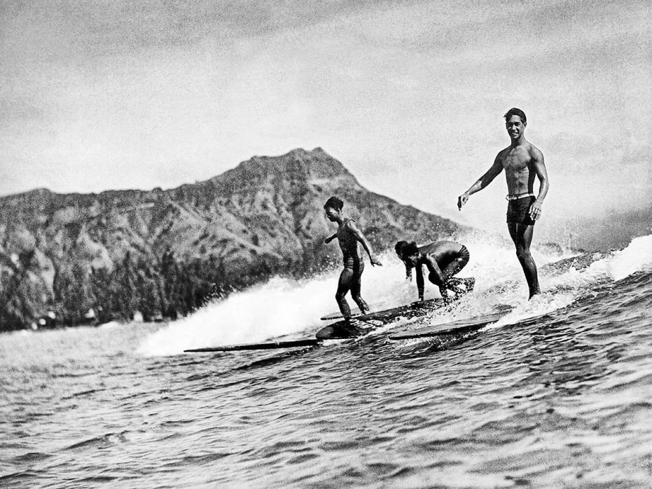 Surfen in Honolulu - Sport Fotografien als Wandbilder - Surfen Foto - NoSports Magazin