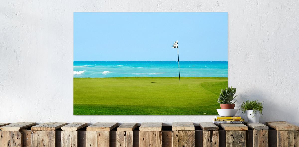 Loch am Meer - Sport Fotografien als Wandbilder - Golf Foto - NoSports Magazin - 11FREUNDE SHOP