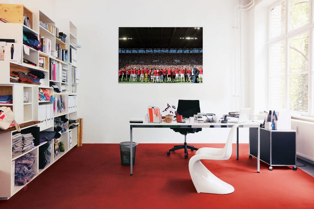 »Augsburg feiert Aufstieg« in deinem Büro