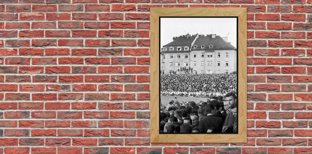 Zuschauer auf dem Dach - Stadion an der Grünwalder Straße ...
