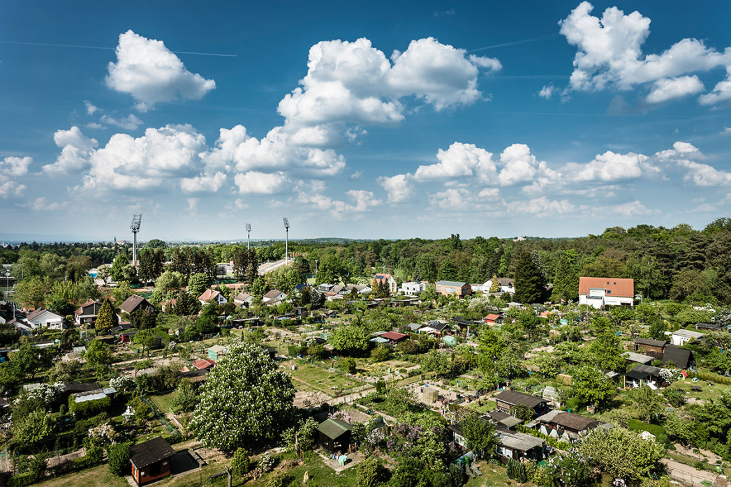 Darmstadt - Stadt und Stadion (quer)