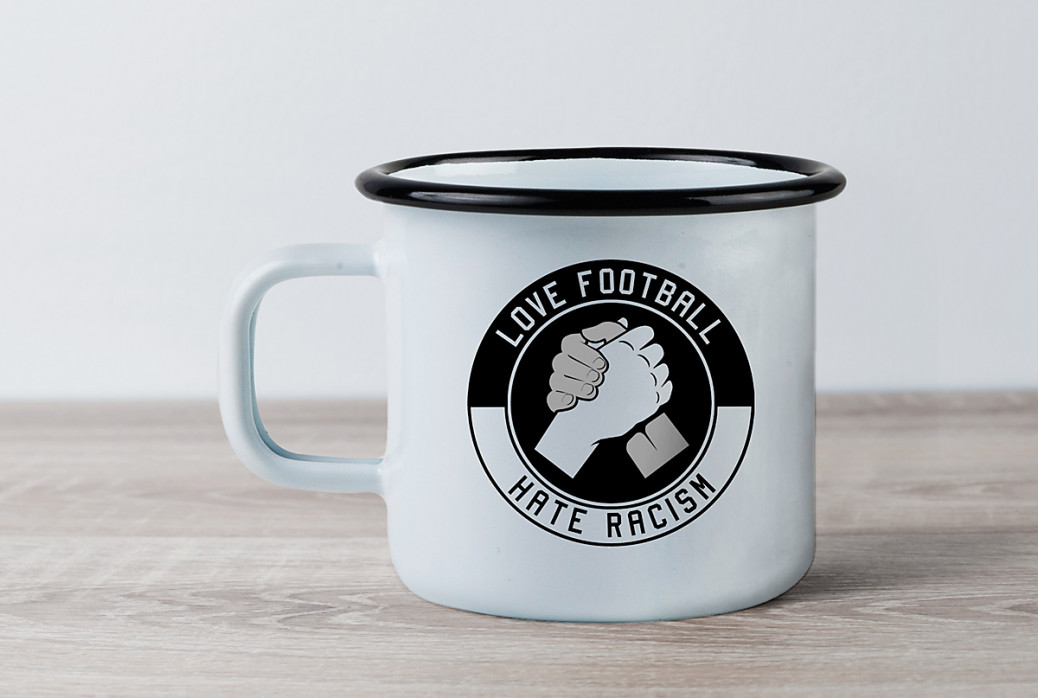 Emaillebecher: Love Football - Hate Racism - 11FREUNDE SHOP