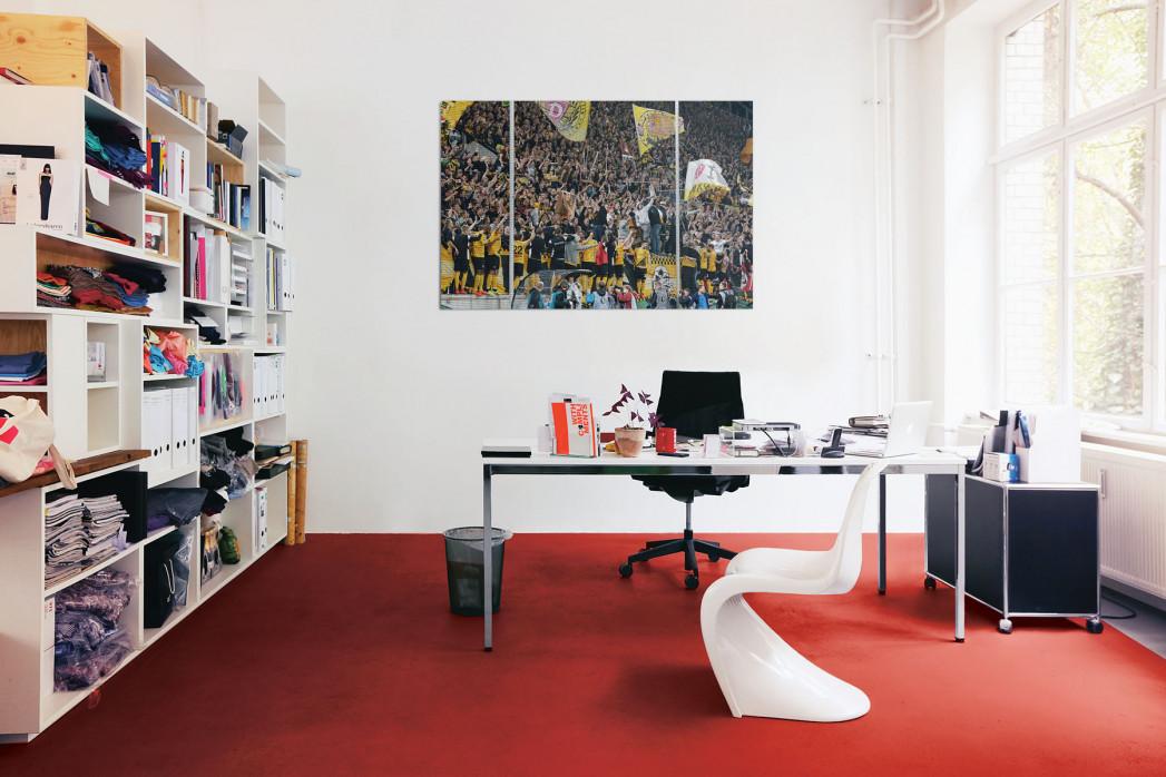 »Dresden jubelt im Pokal« in deinem Büro
