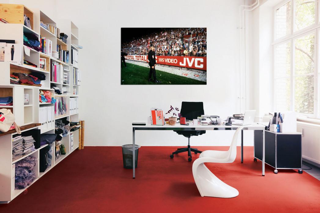In deinem Büro: Polizist und dänische Fans - 11FREUNDE BILDERWELT