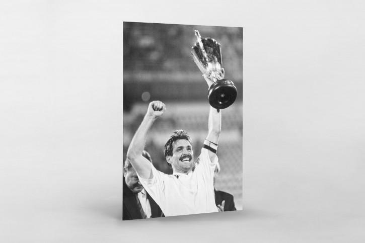 Mirko und der Pokal - SV Werder Bremen - 11FREUNDE BILDERWELT