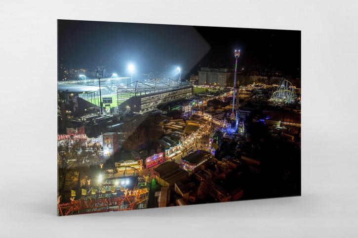 Millerntor und Hamburger Dom (1) - 11FREUNDE SHOP - Fußball Foto als Wandbild bestellen