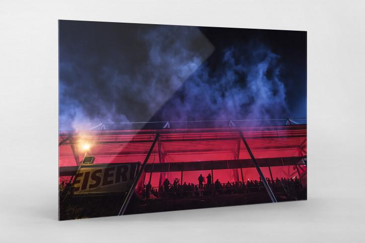 Red Light Special an der Alten Försterei - Bengalische Feuer 1. FC Union Berlin - Foto als Wandbild