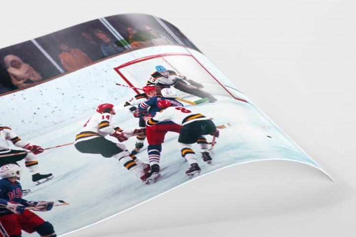 BRD vs. USA 1976 - Sport Fotografien als Wandbilder - Eishockey Foto - NoSports Magazin - 11FREUNDE Shop