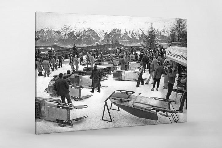 Bob Vorbereitungen - Sport Fotografie als Wandbild - Wintersport Foto - NoSports Magazin - 11FREUNDE SHOP