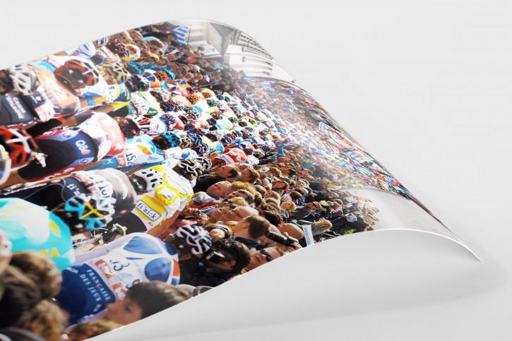 Eng an eng bei Lüttich-Bastogne-Lüttich - Sport Fotografien als Wandbilder - Radsport Foto - NoSports Magazin - 11FREUNDE SHOP