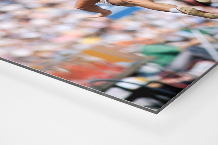 Im Sprung - Sport Fotografien als Wandbilder - Leichtathletik Weitsprung Foto - NoSports Magazin