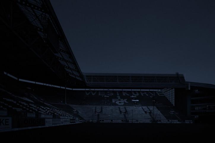 11FREUNDE SHOP - Fußball Foto Wandbild Stadien bei Nacht - Betzenberg (1)