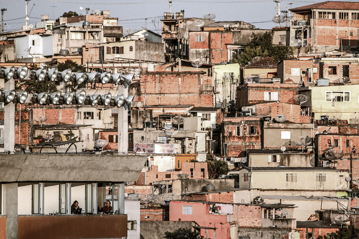 Favelas Around The Stadium - Gabriel Uchida - 11FREUNDE BILDERWELT
