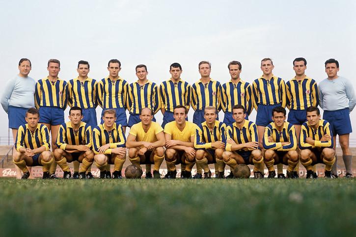 Mannschaftsfoto Eintracht Braunschweig 1963/64 - 11FREUNDE BILDERWELT