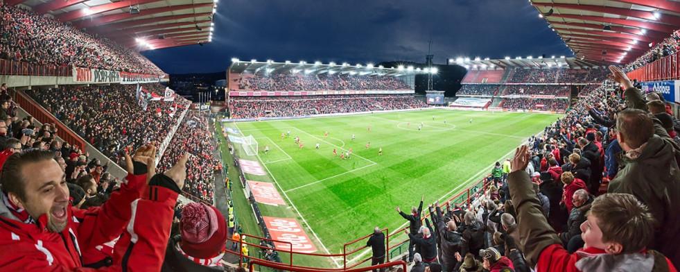 Lüttich - Stadion Wandbild Maurice-Dufrasne-Stadion - 11FREUNDE SHOP