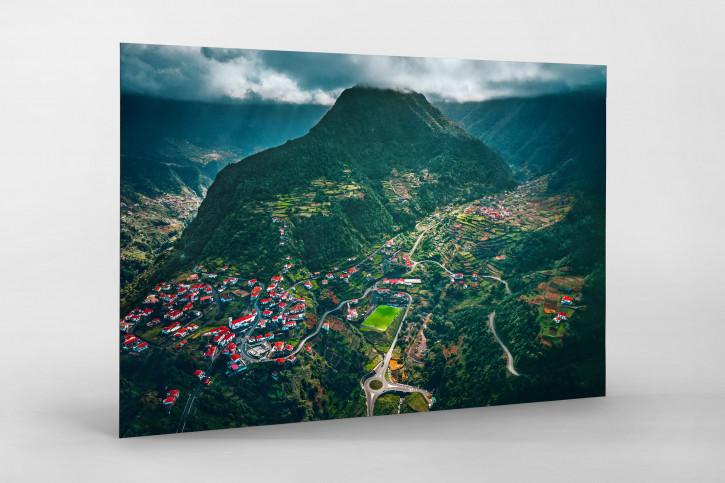 Im Hochland von Madeira - Fußballplatz Portugal - Wandbild