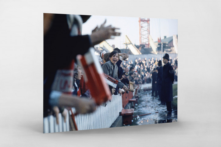 Fans im Old Trafford 1964 - Manchester United Fans Wandbild