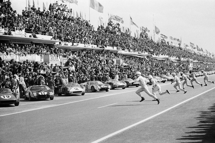Start in Le Mans 1964 - Motorsport Foto als Wandbild
