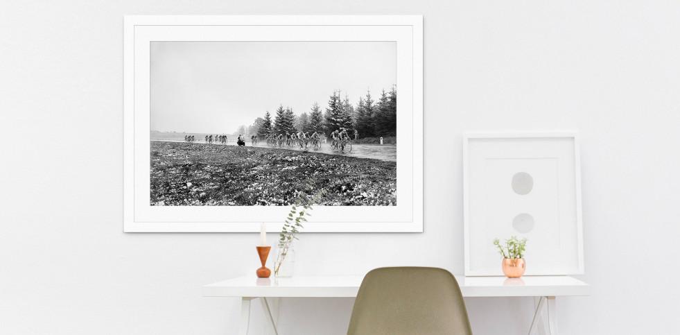 Um die Kurve bei Lüttich-Bastogne-Lüttich - Sport Fotografien als Wandbilder - Radsport Foto - NoSports Magazin