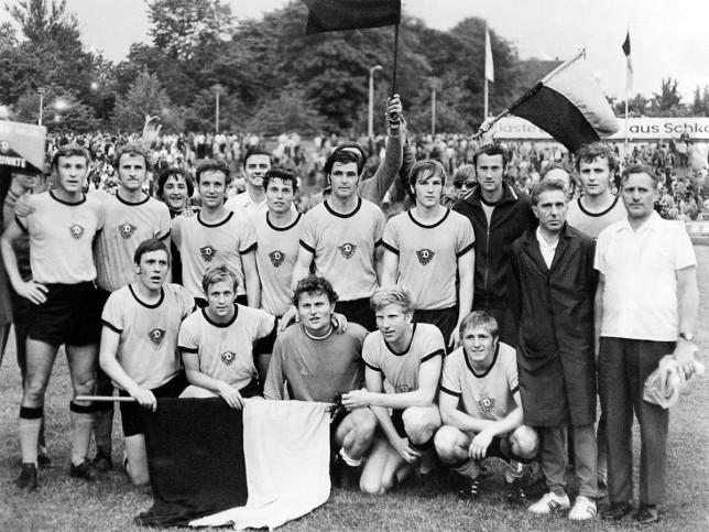 Dresdens Meister 1971 - Dynamo Dresden - 11FREUNDE BILDERWELT